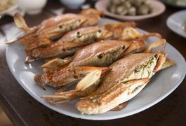 The snow crab is a crustacean found mostly in the waters between Russia and Alaska known as the Bering Sea, though they can be found in the northwestern Atlantic Ocean no farther south than Maine. The snow crab is an excellent source of protein and is generally low in fat. Snow crab legs can be cooked a variety of ways, including steaming, boiling...