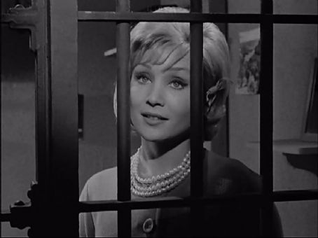 Susan Oliver Susan Behind Bars On The Andy Griffith Show She Is