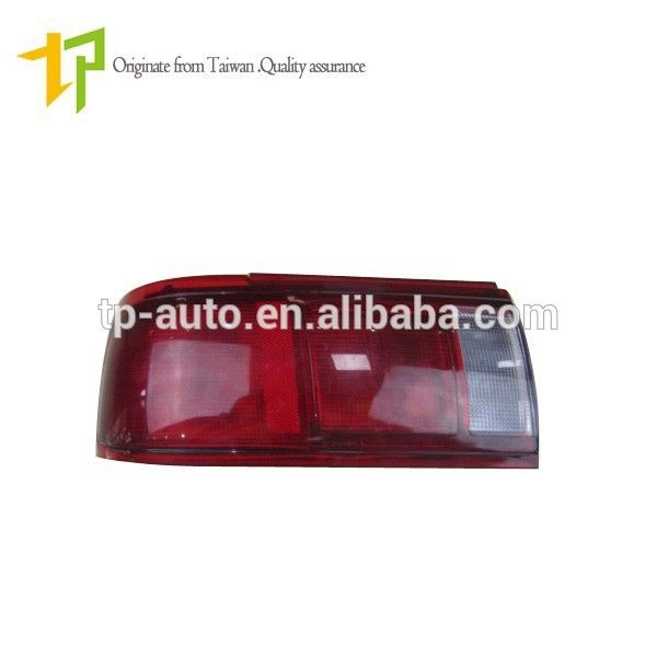 reliable quality auto parts wholesale tail lamp 26555-F4215 for Sunny B13 2000 #B13, #nissan