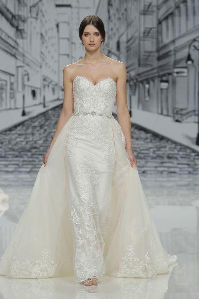 Vestidos de novia con pedrería 2017: Deslumbra a todos invitados el día de tu boda Image: 14