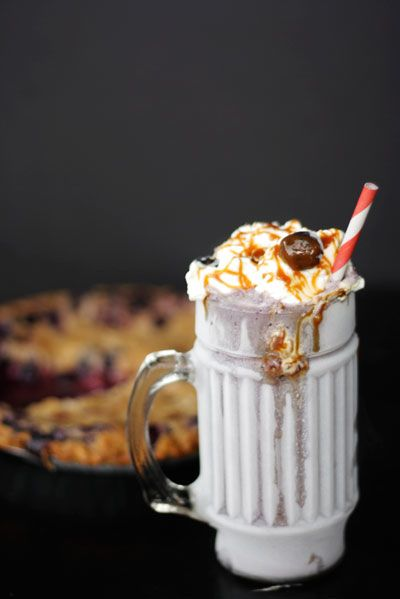 omg. I LOVE MILKSHAKES. NO WORDS. tradiotinal islamic food definatly is much healthier... and probably better for you. Thank you america for being the 2nd most obese country in the world :)