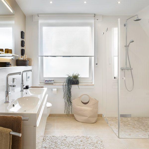 die besten 25 seidengl nzend ideen auf pinterest verzinktes stahlblech wei e treppe und. Black Bedroom Furniture Sets. Home Design Ideas