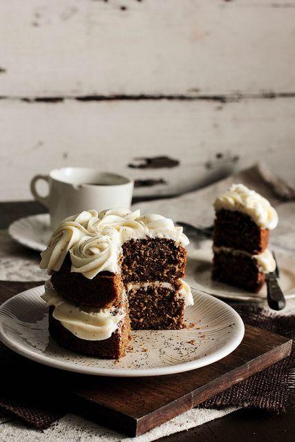 Pastel de te negro con buttercream de miel