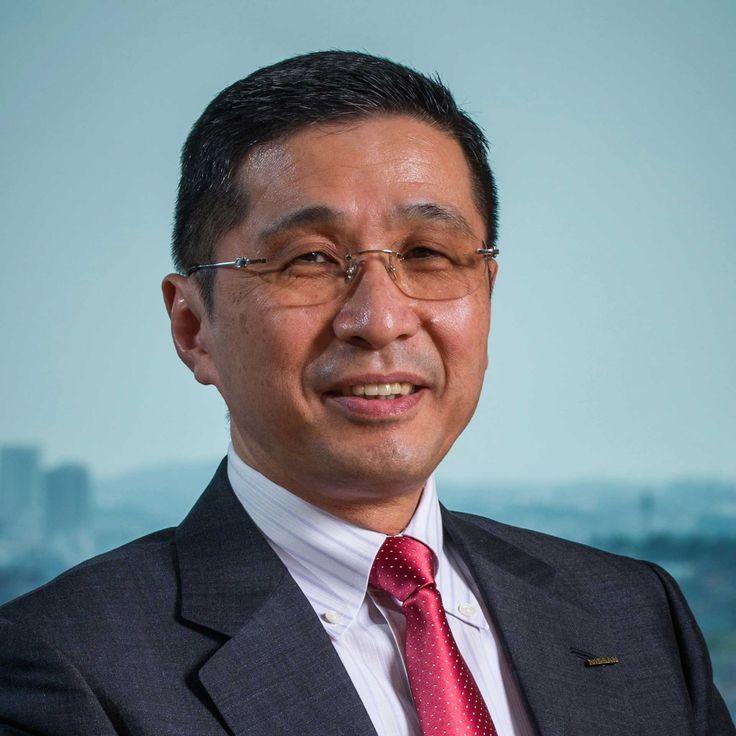 Carlos Ghosn abandona su puesto de consejero delegado en Nissan  EFE. El brasileño Carlos Ghosn abandonará su puesto como consejero delegado (CEO) en Nissan el próximo 1 de abril, aunque se mantendrá como presidente del fabricante nipón de vehículos, anunció hoy la compañía en un comunicado.  El japonés Hiroto Saikawa será el encargado de sustituir en el puesto a Ghosn tras su nombramiento como presidente de Mitsubishi Motors a finales de 2016 a raíz de la adquisición del 34% de la compañía…