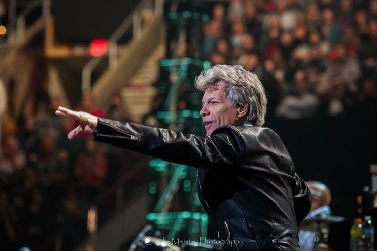 Bon Jovi at Quicken Loans Arena in Cleveland, OH.   Photos by Charlie Meister