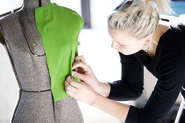 Fashion Design | Fashion_designer_salary_2