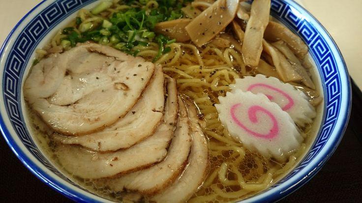 苗場スキー場に来ています。 定番チャーシュー麺、寒いので暖まります。 - Akihiko Seya - Google+