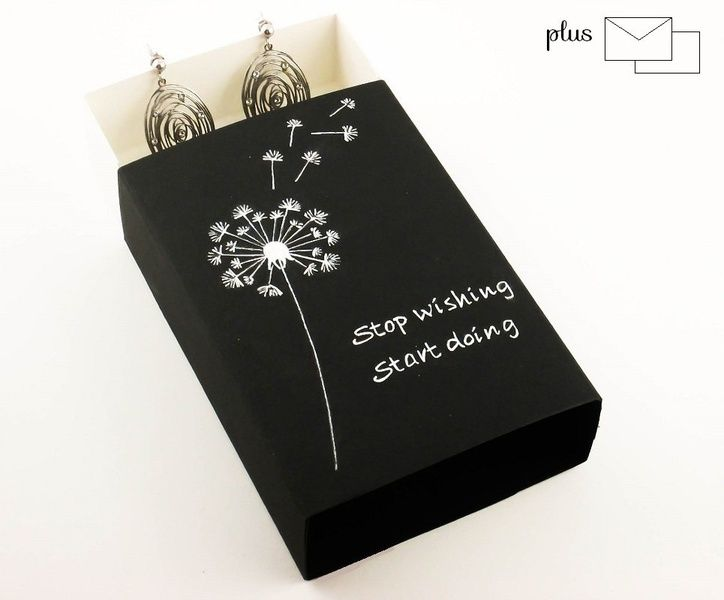 Wrapping Paper & Co. – Black & White Paper Small Gift Box Dandelion – a unique product by DressYourGift on DaWanda