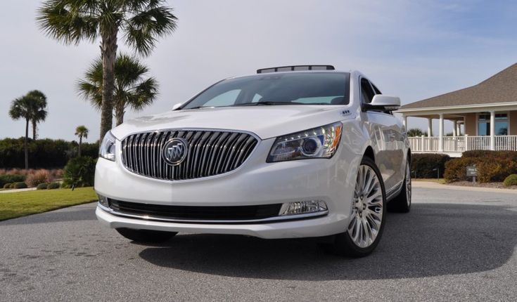 Road Test Review   2015 Buick LaCrosse V6 Premium Is Deceptively Sporty and Extremely Luxurious Road Test Review 2015 Buick LaCrosse 67 800x468 photo