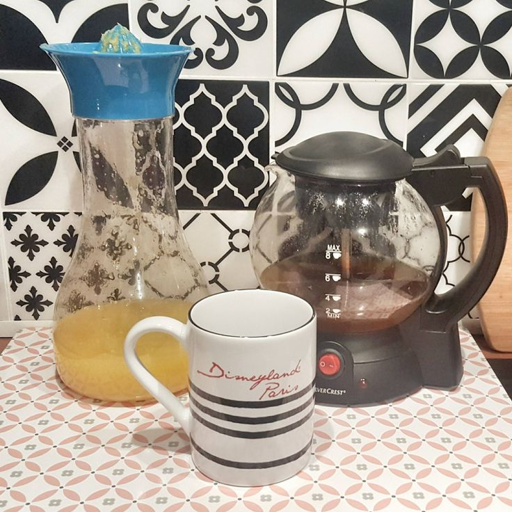 Pour un petit-déjeuner vitaminé @SysyInTheCity utilise la carafe presse-agrumes qu'elle a shoppé chez BABOU pour 4€ !