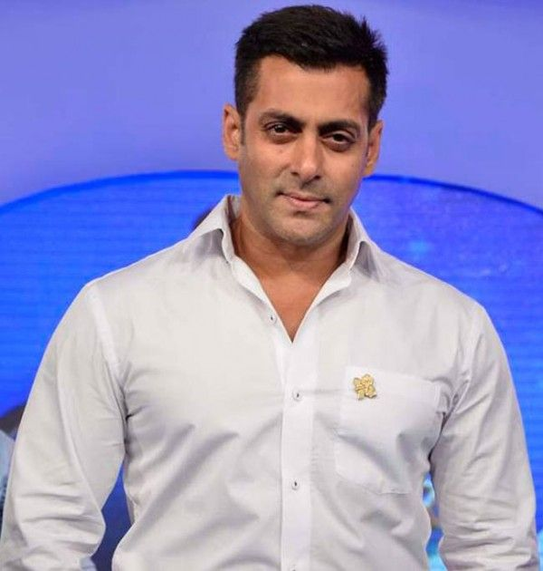 The famous Bollywood actor, Salman Khan is up with a new movie. The movie is titled as Bajrangi Bhaijaan and it is said to be as his first film with the production control.