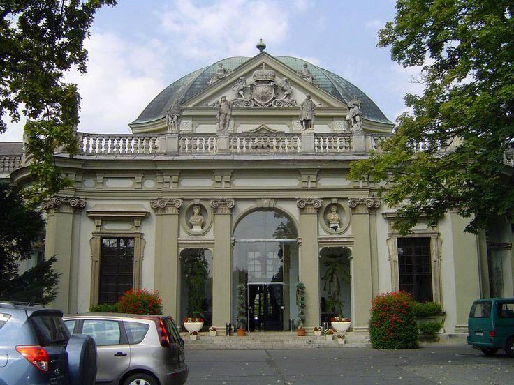 Savoyai kastély - fotó: Szente Ibolya