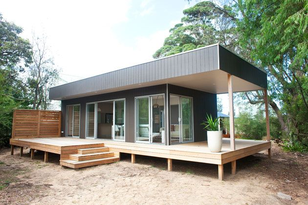 Interesting way to include a roof over the deck?