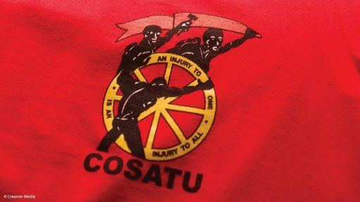 The Congress of South African Trade Unions (Cosatu) on Friday welcomed a #FeesMustFall protest march to its headquarters in Johannesburg by University of Witwatersrand (Wits) students. The march followed Wits students engaging in running battles with the police throughout the week. Police had to used stun grenades, tear gas and rubber bullets to disperse students after they tried to take their protest to Braamfontein.