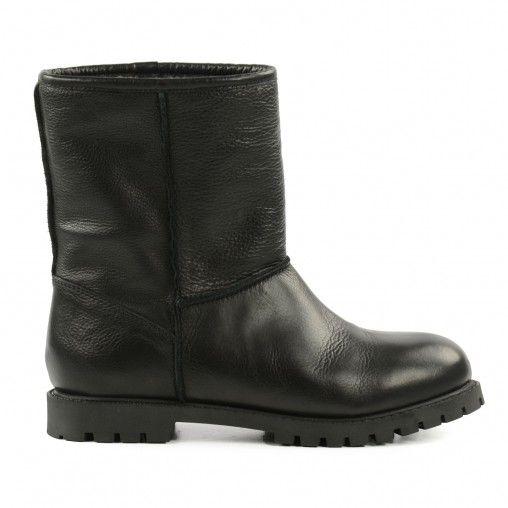 Korte zwarte laarzen