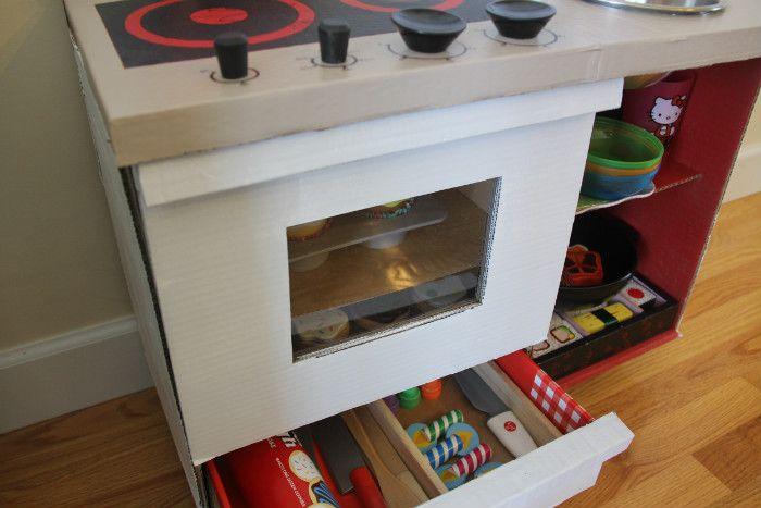 Το συρτάρι κάτω από τον φούρνο είναι (μόνο) για αποθήκευση. ΛΑΘΟΣ!  #design #tips #αποθηκευτικόςχώρος #έμπνευση #κουζινα #σπιτι #συρταριφουρνου #φούρνος #χωροςαποθηκευσης