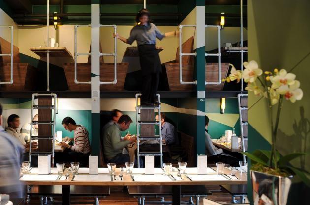 Bangalore Express Restaurant Interior by Outline | CONTEMPORIST