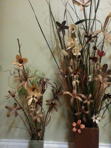 Wood flowers & vase