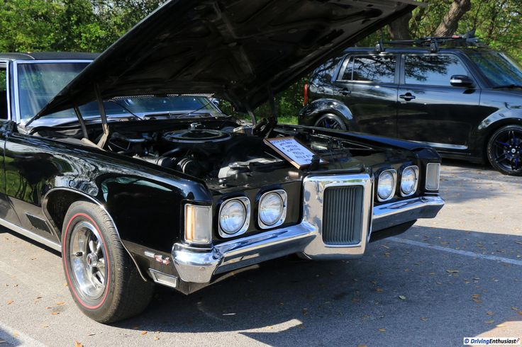 1970 Pontiac Grand Prix Model SJ 455 HO 4-speed, as shown at the March 19, 2017 Round Rock TX USA car show.