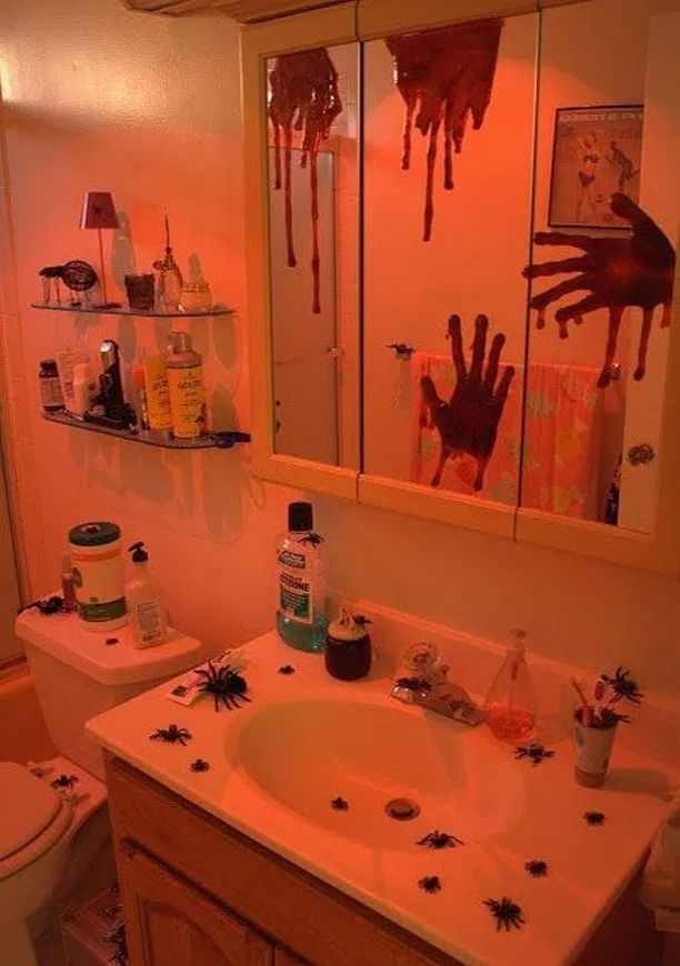 11 unexpected halloween decorating ideas for halloween party at home 1