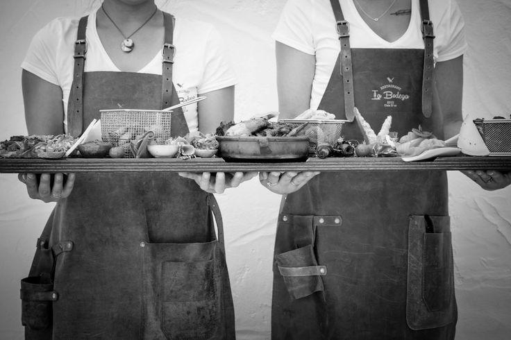 😍😍 We love Tapas 😍😍 #wine #and #tapas #foodlovers #foodforfoodies #foodporn #calador #spain #mallorca