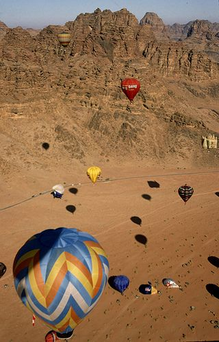 Hot air baloon rally over Wadi Rum , Jordan.