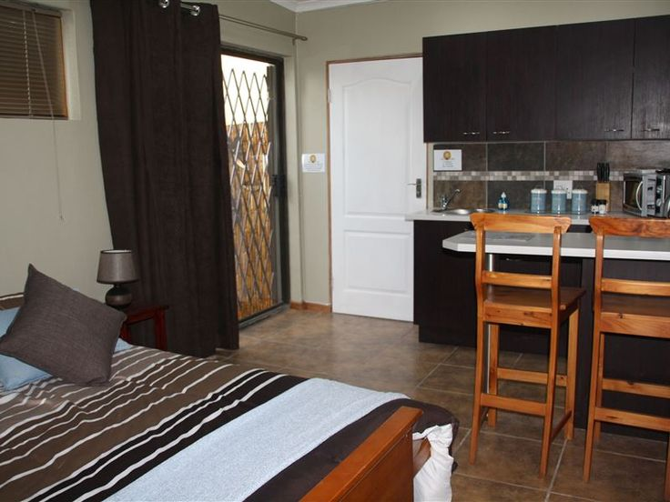 The Lion's Den - Nestled at the foot of the Outeniqua mountains in a quiet suburb, our self-catering studio apartment is the ideal base for the businessman or couple visiting the beautiful Garden Route.The self-catering ... #weekendgetaways #george #gardenroute #southafrica