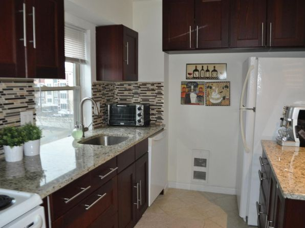 2 Broad St 32c Stamford Ct 06901 Zillow In 2020 With Images Apartments For Rent Zillow Stamford