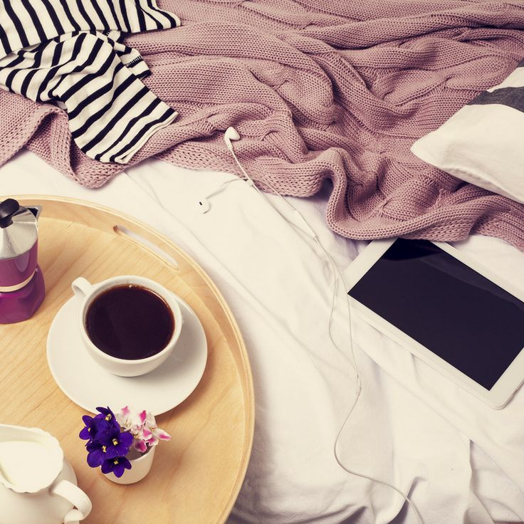 How good is a weekend when you wake up, make a fresh coffee and relax without having to go outside? Yes, please! You can find the best coffee beans online here for your weekend relaxing: http://coffeebeansshop.com.au/buy-coffee-beans/ #coffeebeansshop #coffeebeans #coffee #goldcoast #freshcoffee #coffeeathome