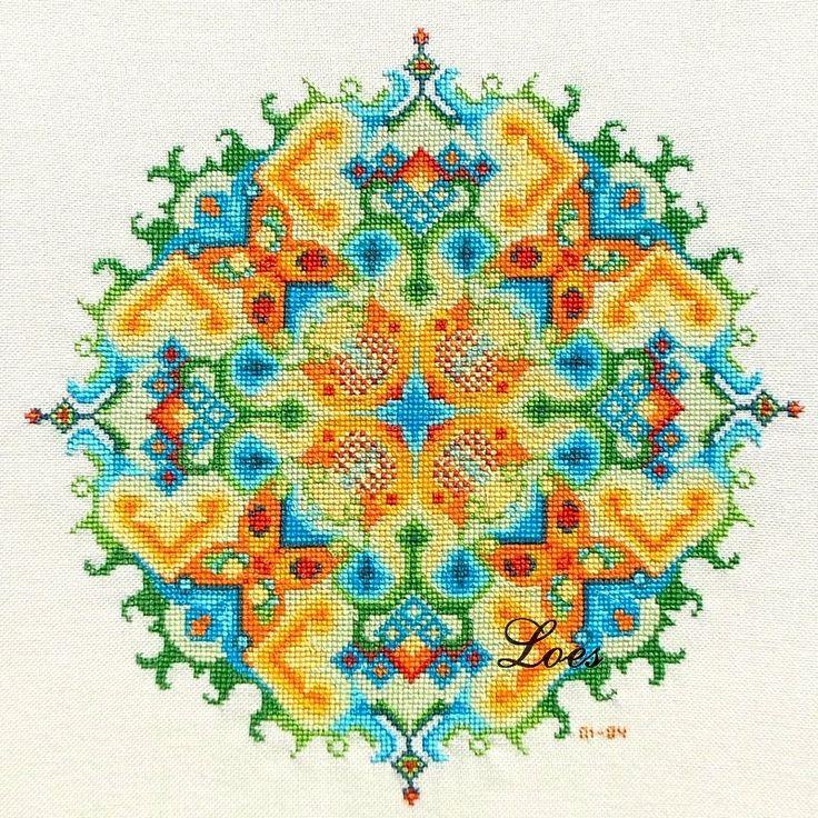 Counted Cross-Stitch Pattern Mandala by LoesManfredCreations