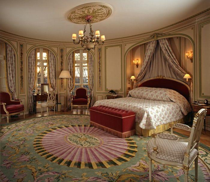 deco chambre baroque, chambre à coucher en rouge et beige ...