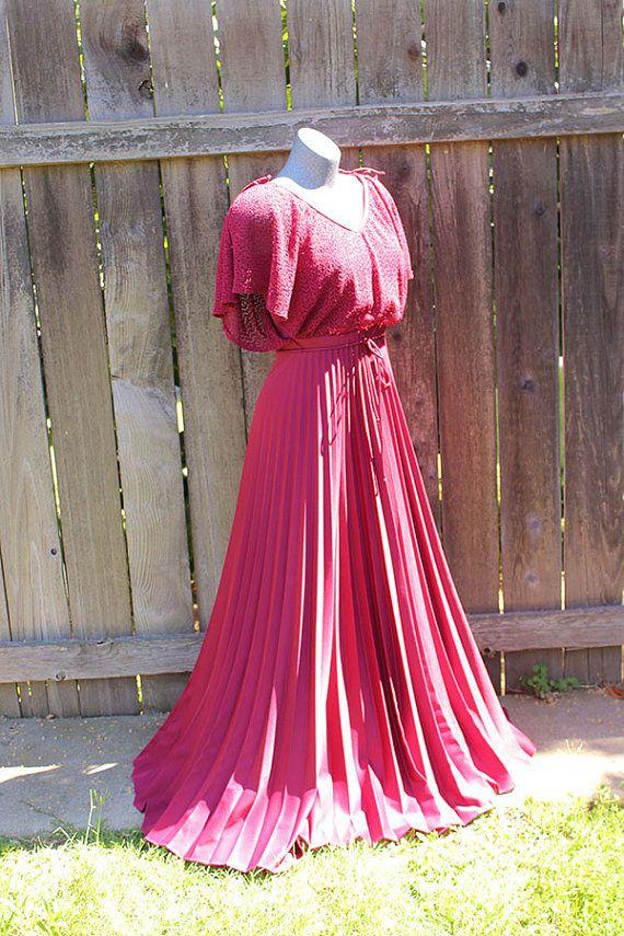 #vintage dress glamour Hollywood style #70s dress https://www.etsy.com/listing/471570197/womens-vintage-holiday-dress-studio-54