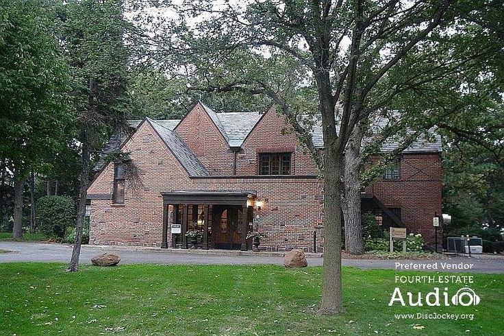 The Katherine Legge Memorial Lodge in Hinsdale, a favorite venue of the #ChicagoWeddingDJ pros from Fourth Estata Audio. http://www.discjockey.org/real-chicago-wedding-oct-3-2015/