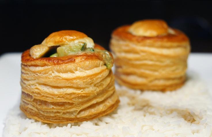 Vega: Bladerdeegpasteitjes met champignons, courgette en gorgonzola