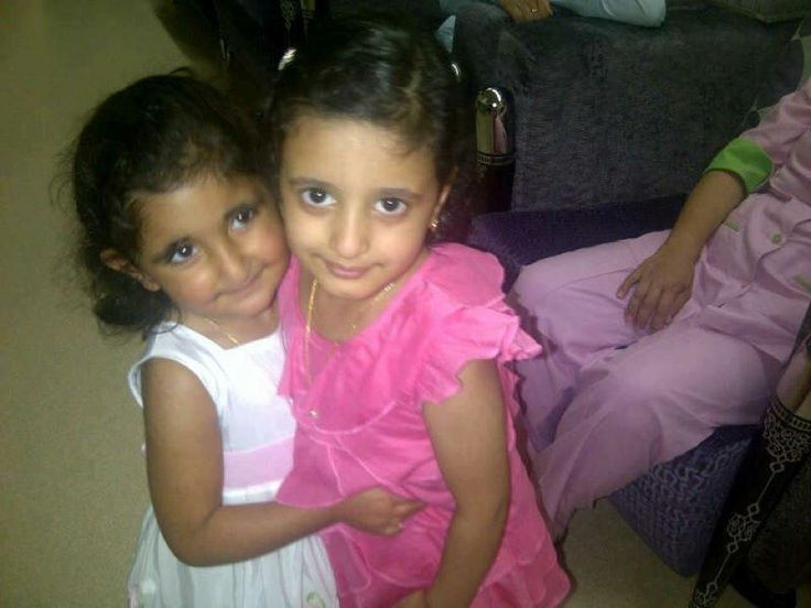 Hind bint Saeed bin Dalmook Al Maktoum y Jalifa bint Hasher bin Khalifa Al Maktoum