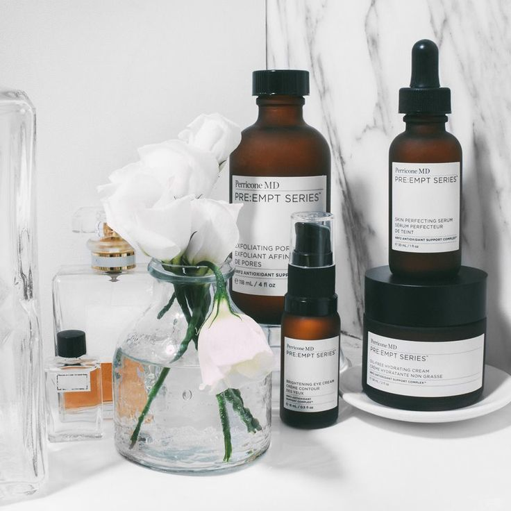 Speciaal voor de jonge huid lanceert Dr. Perricone de uitgebreide nieuwe lijn PRE EMPT:SERIES. Deze nieuwe revolutionaire gezichtsverzorgingslijn bevat een hoge concentratie aan antioxidanten én corrigeert de eerst zichtbare lijntjes van huidveroudering. De lijn bestaat uit 4 nieuwe producten waarmee je je verzorgingsritueel compleet kunt maken. Get an amazing skin!