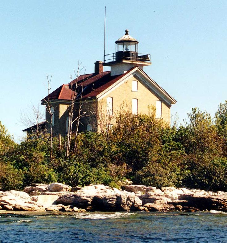 Places To Visit On Lake Michigan In Wisconsin: Southwest Of Northport In Door County Wisconsin.