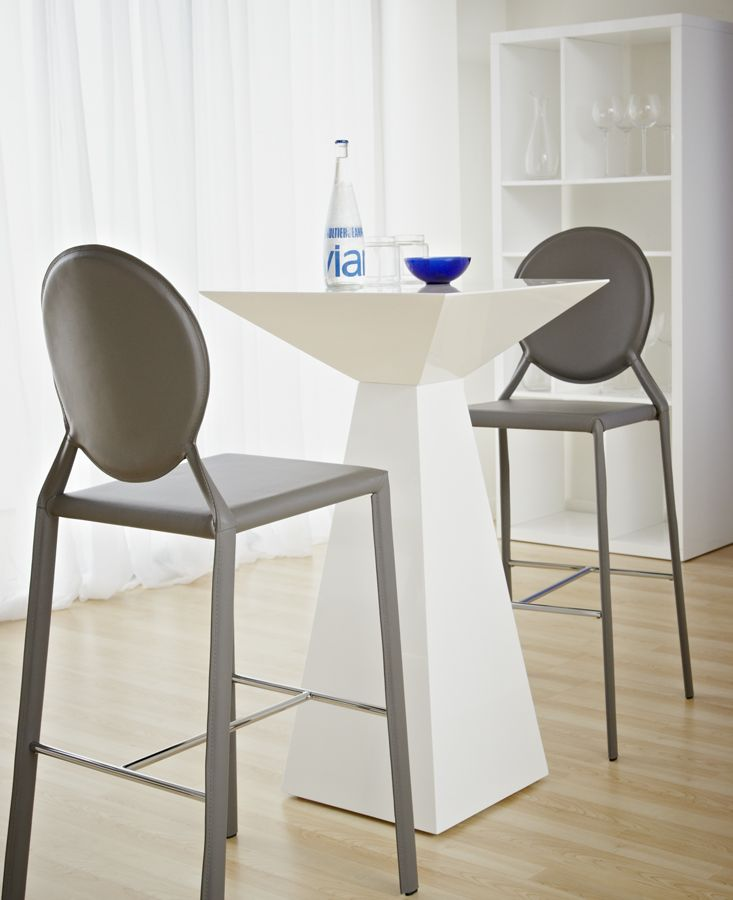 Isabella B Bar Chairs Tad B Bar Table Hotel Pinterest