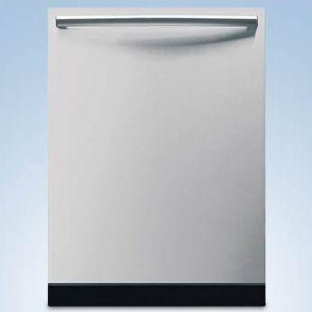 "24"" Bosh Dishwasher SHX68M05UC"