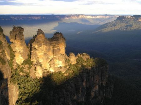 The Three Sisters - 3 Sisters Echo Point Katoomba - Blue Mountains Australia