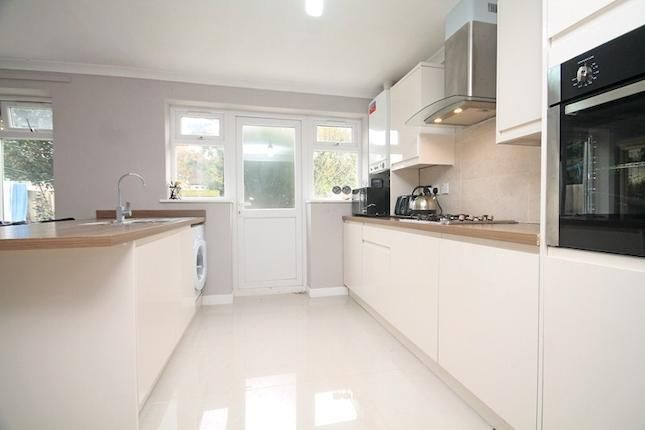 4 bedroom semi detached house for sale in Rydal Gardens, Hounslow TW3 - 31057036