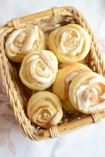 Вкусный и ароматный <strong>пирог с абрикосами</strong>. Отлично подойдет для домашнего чаепития.