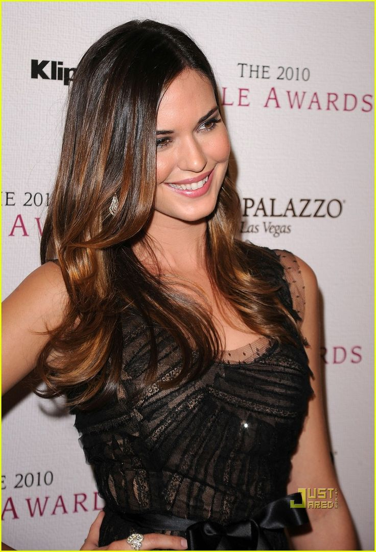 286 best hairstyle faceshape images on pinterest faces odette annable yustman fandeluxe Image collections