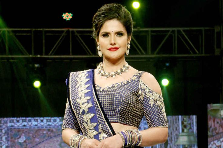 bollywoodmirchitadka: Zareen Khan, Sangeeta Bijlani at Archana Kochhar's...
