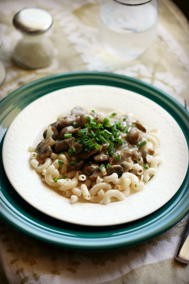 Dairy free Stroganoff sauce that can be made then frozen.