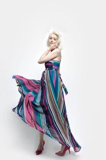 Robe cache-cœur rayée multicolore - 69,90 €