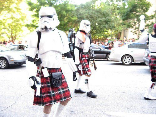 Stormtroopers in Kilts ftw!