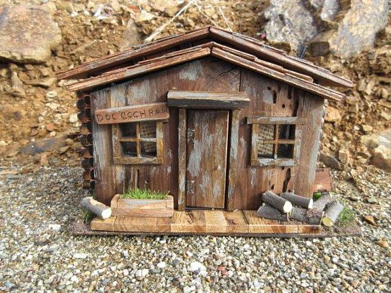 Doc Cochran Old West Miniature Rustic Log Cabin Building
