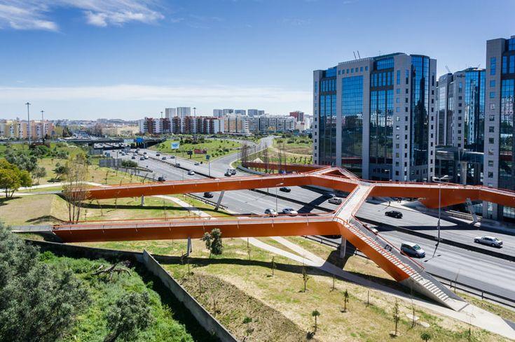 pedestrian-and-cycling-bridge-maximina-almeida-+-telmo-cruz-lisbon-designboom-02