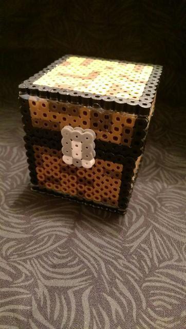 La main : Pixel Minecraft boîte / Box zeste d http://www.helpmedias.com/minecraft.php